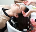 (小松市近辺の頭皮・髪にお悩みの方)美容院人気メニュー・炭酸マイクロバブルヘッドスパ